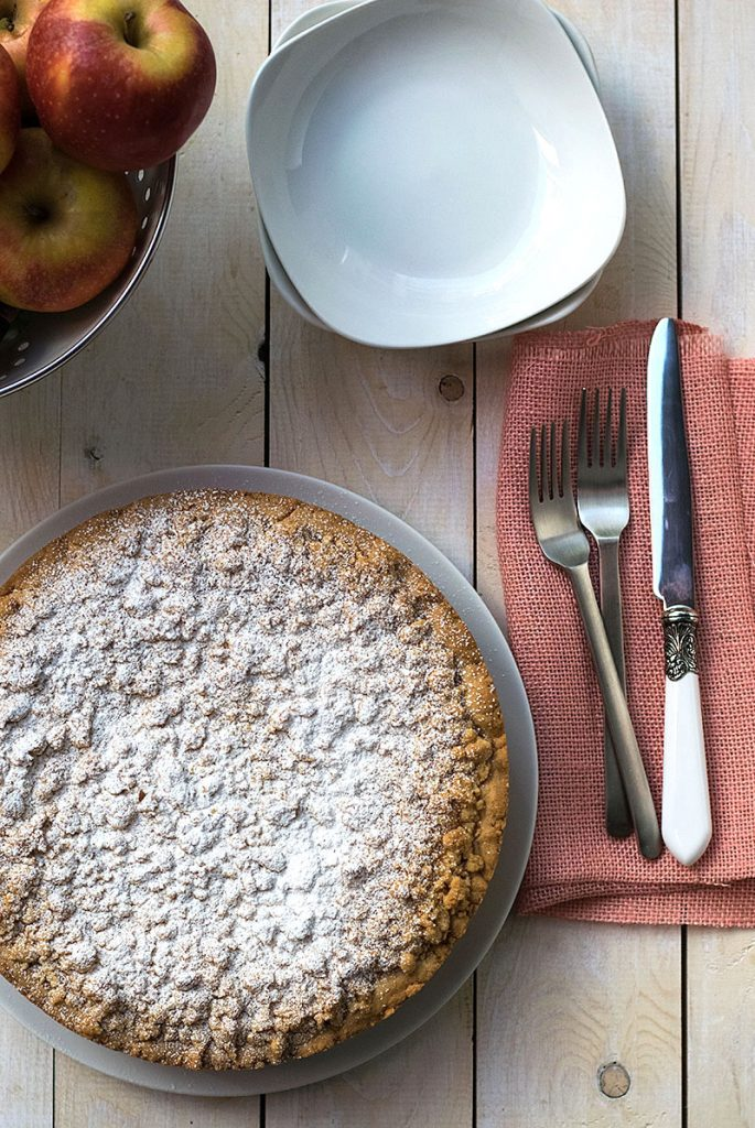 εύκολη τριφτή μηλόπιτα 2