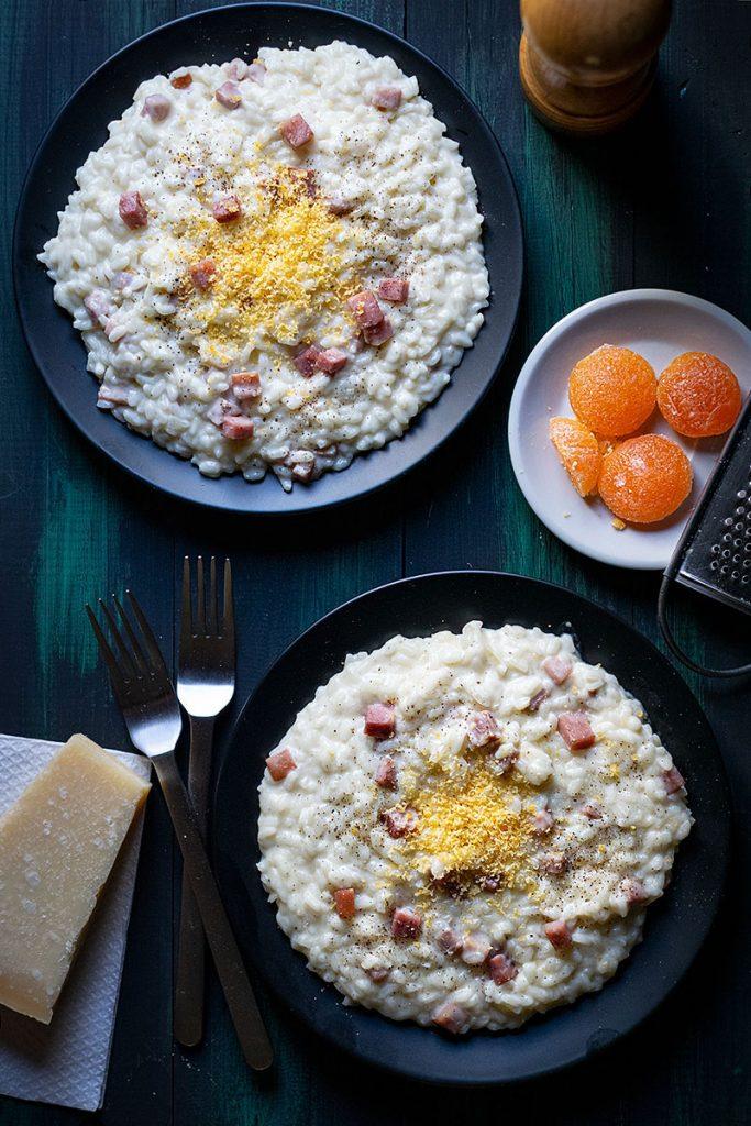 Ριζότο καρμπονάρα στο τηγάνι με παρμεζάνα και ζαμπόν 2