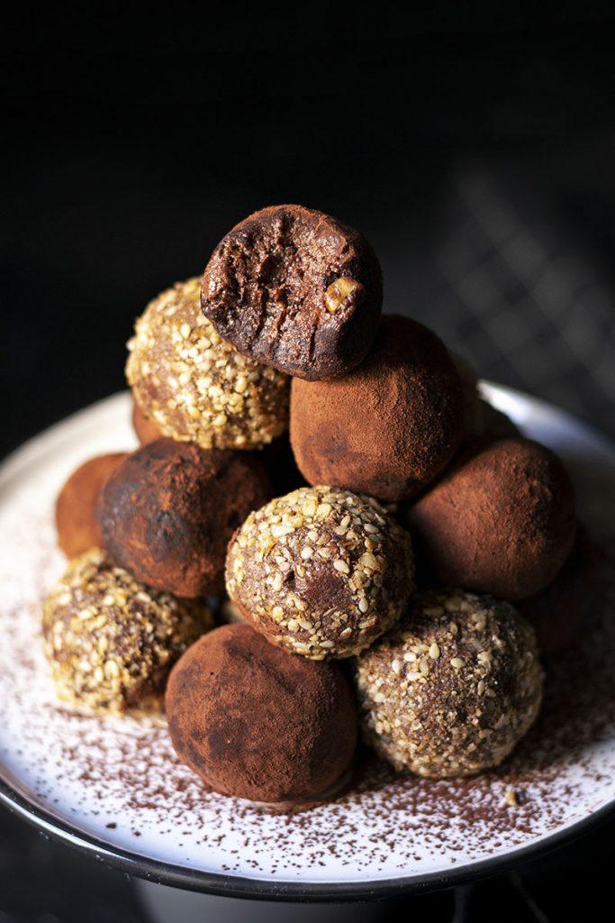 Υγιεινά τρουφάκια σοκολάτας (νηστίσιμα – βίγκαν) 4