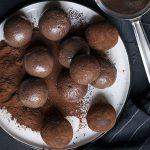 Υγιεινά τρουφάκια σοκολάτας (νηστίσιμα – βίγκαν) προφίλ