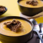 vegan_pumpkin_soup_with_mushroom_chips4