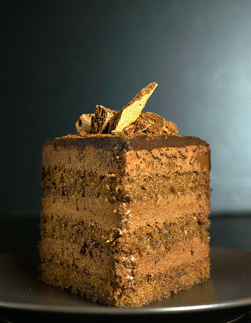 pure-chocolate-mousse-cake