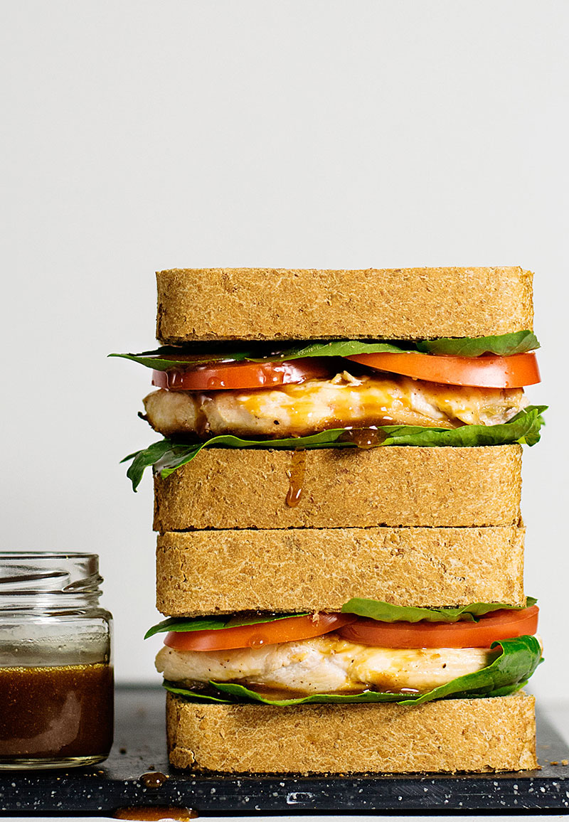 chicken-sandwich-with-balsamic-olive-oil-sauce-1