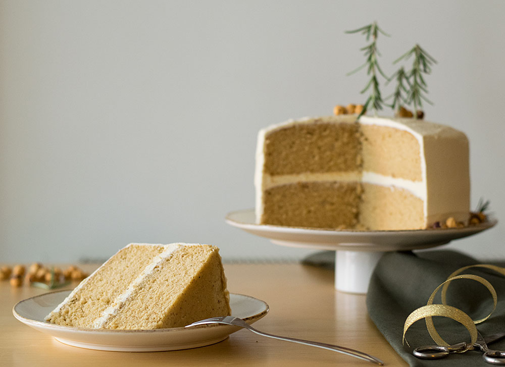 xmas-scented-cake-with-fluffy-vanilla-buttercream-4