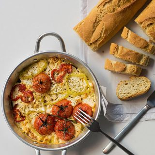 baked-feta-cheese-with-peppers-and-tomatoes-1