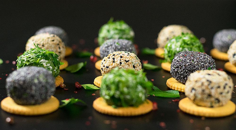mini-feta-cheese-balls-with-herbs-1
