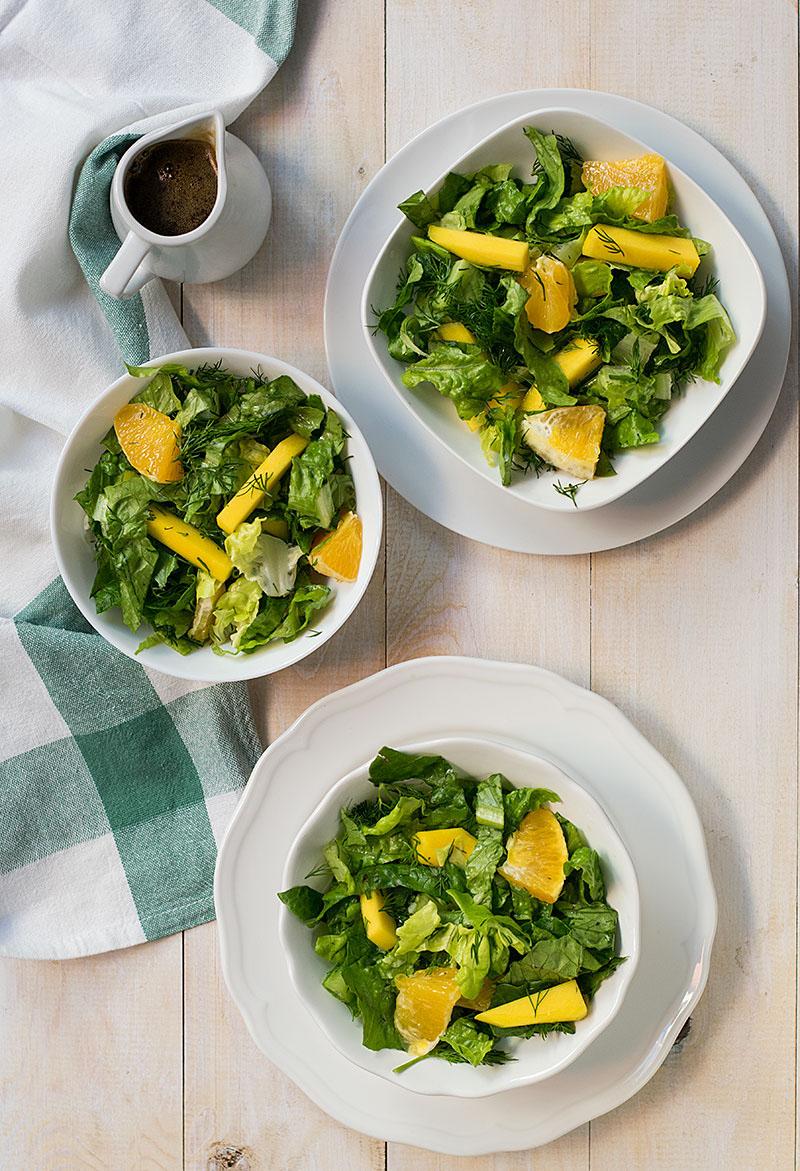 orange-lettuce-and-mango-salad