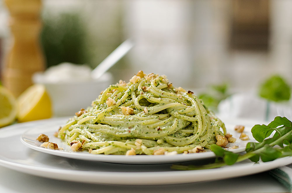 detox-pasta-with-creamy-spinach-pesto-1