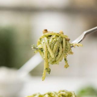 detox-pasta-with-creamy-spinach-pesto-2