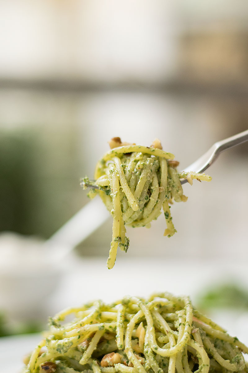detox-pasta-with-creamy-spinach-pesto-2