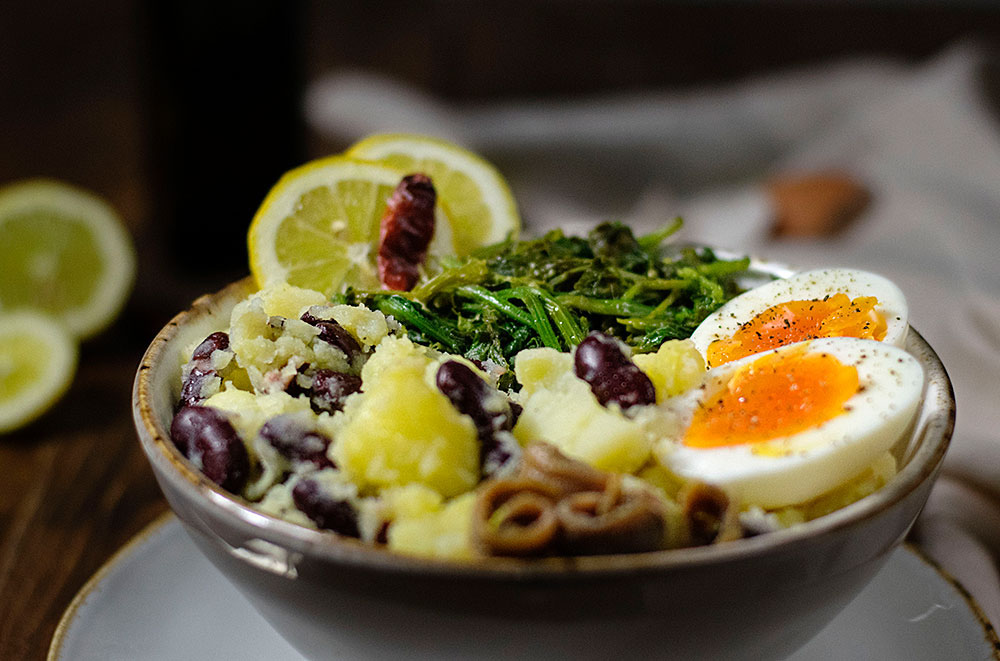 potato-mash-with-red-beans-egg-and-mustard-greens-1