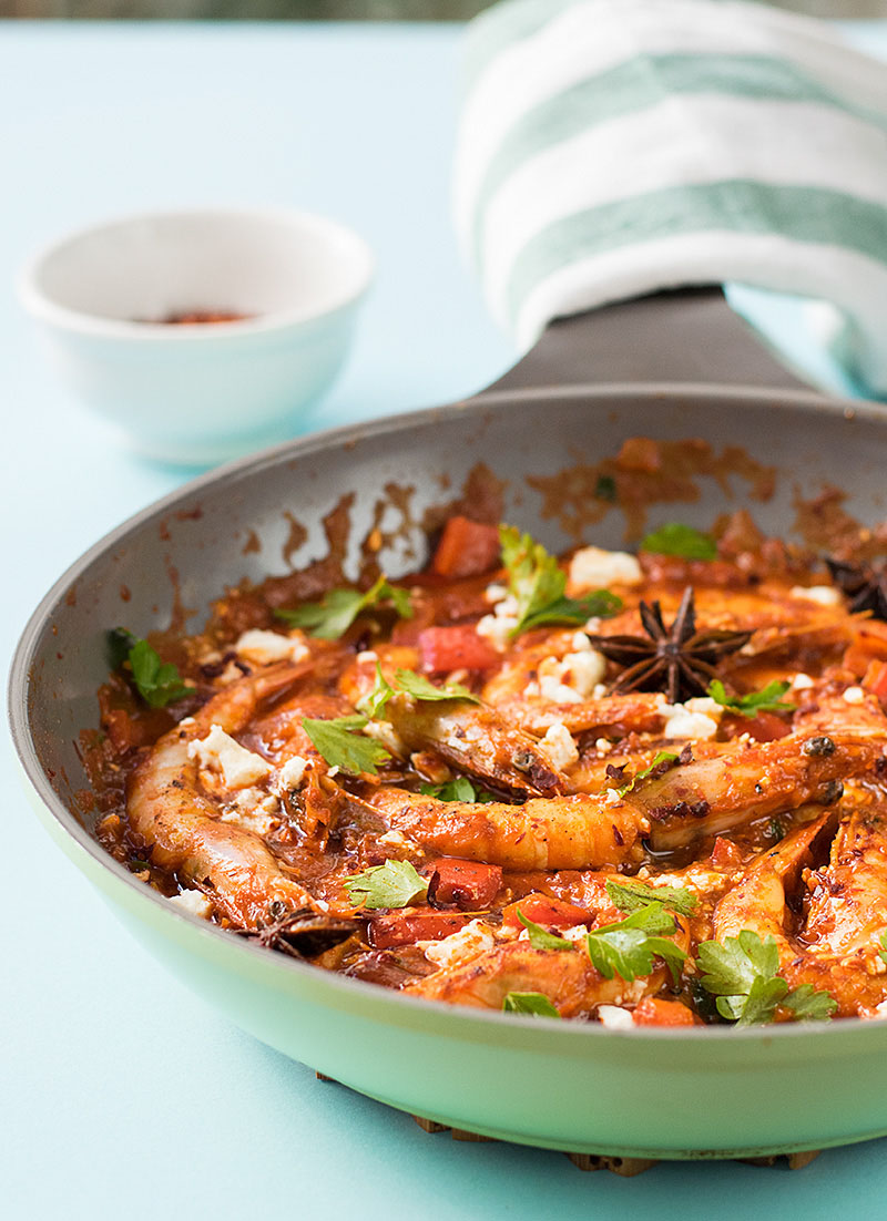 Juicy shrimp saganaki 4