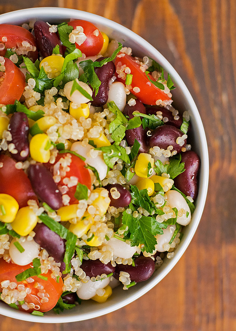 Quinoa and bean lunch salad 1