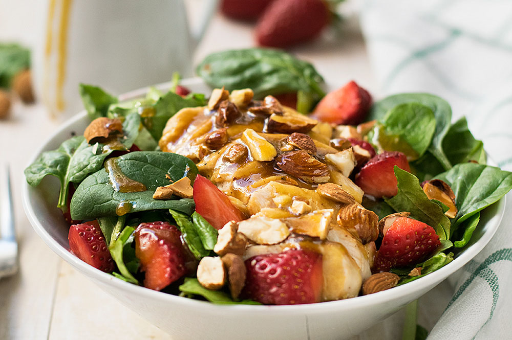 Chicken rocket and strawberry salad 2