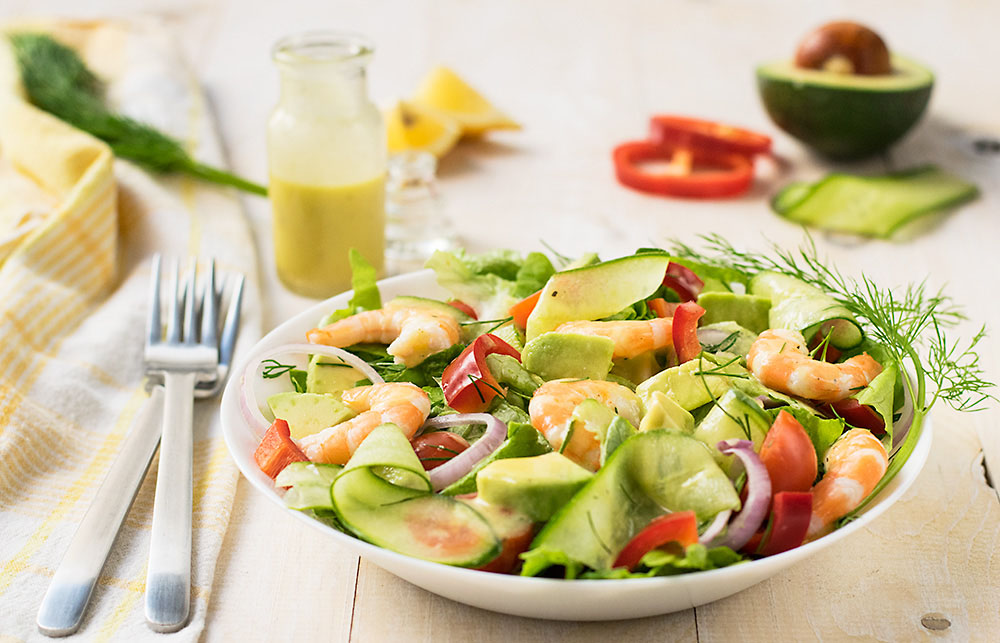 Mediterranean shrimp and avocado salad 3