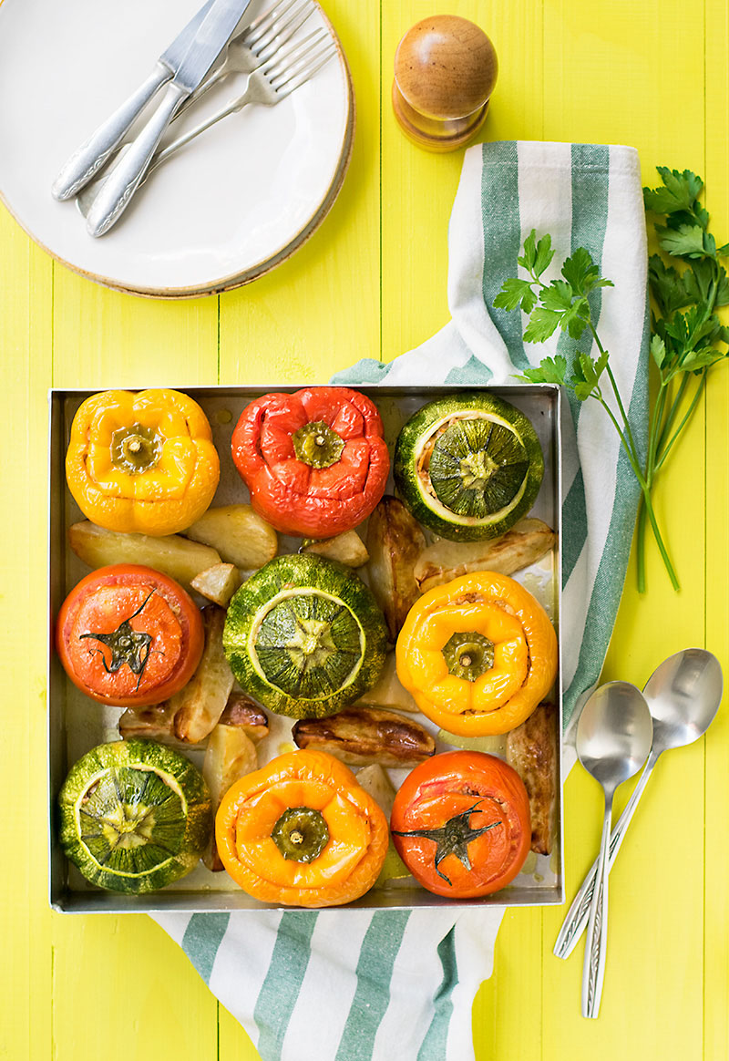 Everything grains Mediterranean stuffed vegetables 3