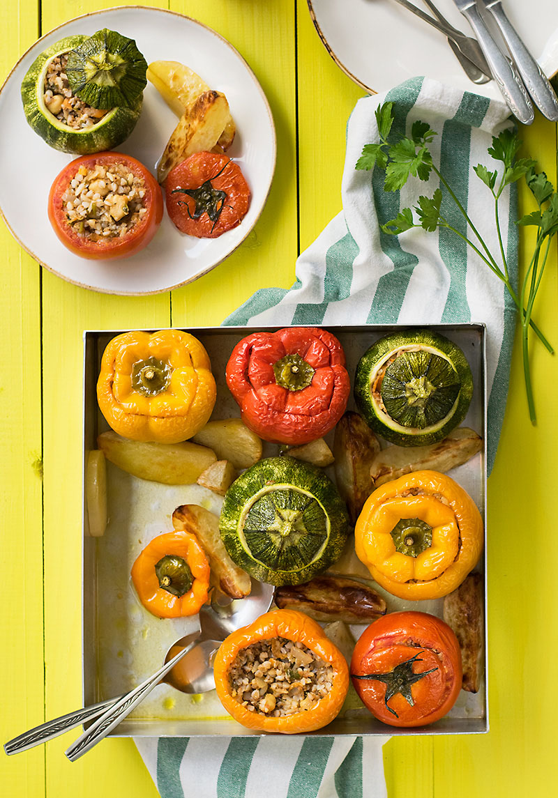 Everything grains Mediterranean stuffed vegetables 5