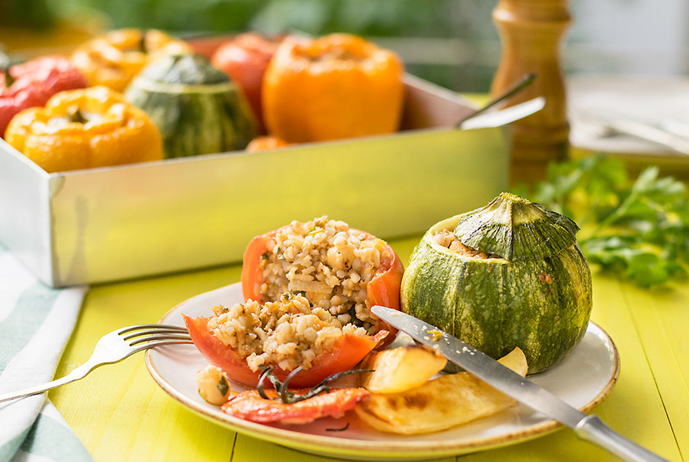 Everything grains Mediterranean stuffed vegetables 6