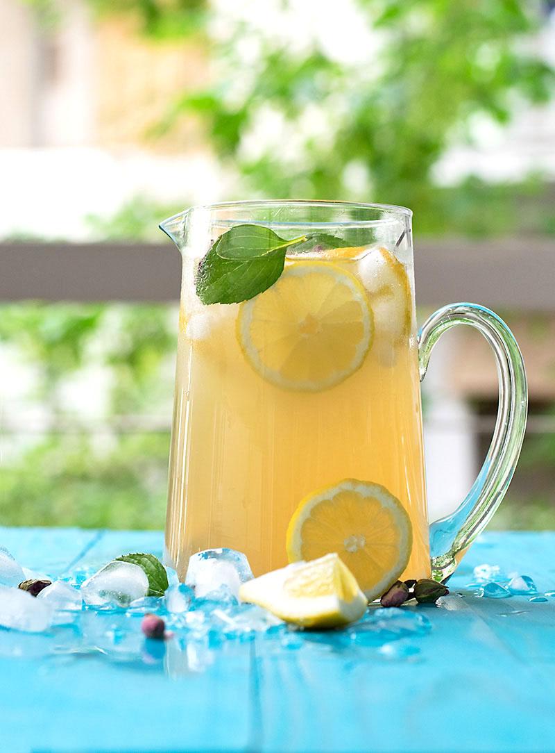 Rosebud syrup lemonade 3