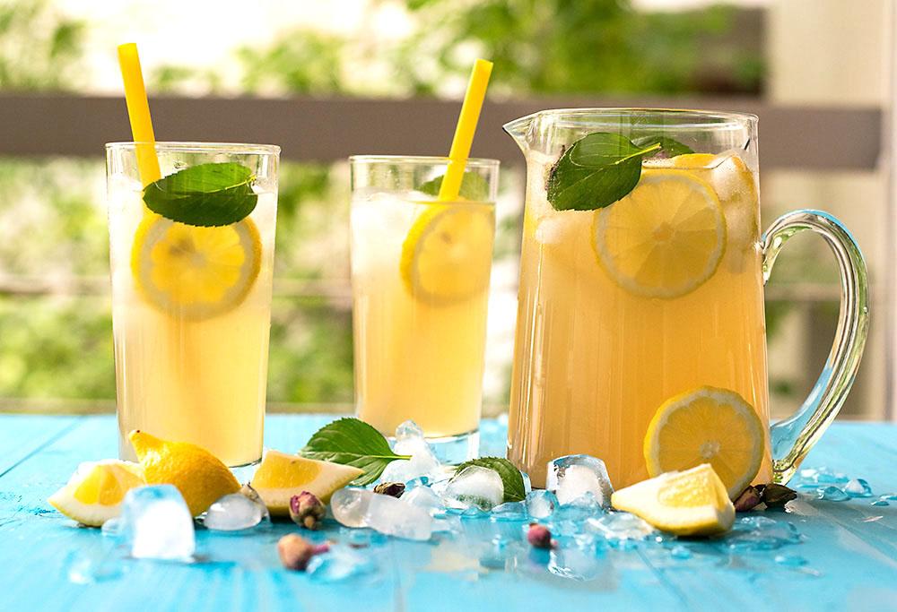 Rosebud syrup lemonade 4
