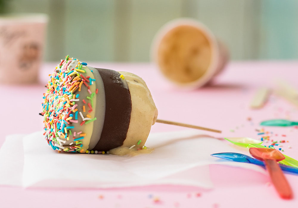 Peanut butter & white chocolate fudge popsicles 5