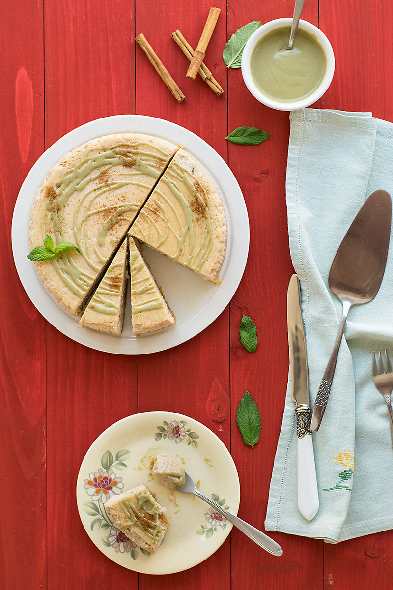 Mint and cinnamon creamy cheesecake with matcha ganache 2
