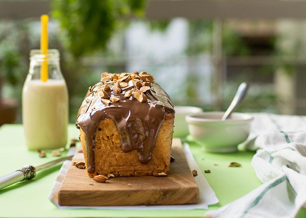 Olive oil & banana blender cake with tahini chocolate ganache 5