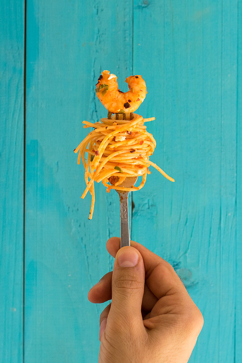 Roasted pepper and ouzo shrimp spaghetti 4