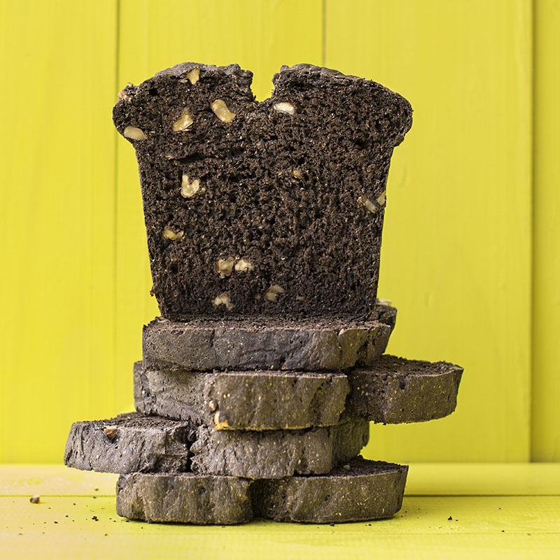Carob & whole wheat flour bread with walnuts f