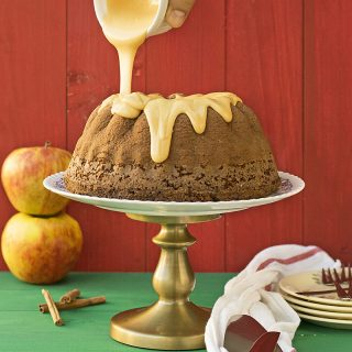 Olive oil, apple & cocoa cake with caramelized white chocolate f