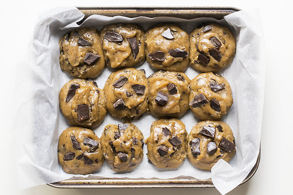 Big, soft & chewy tahini – olive oil chocolate chunk cookies 4