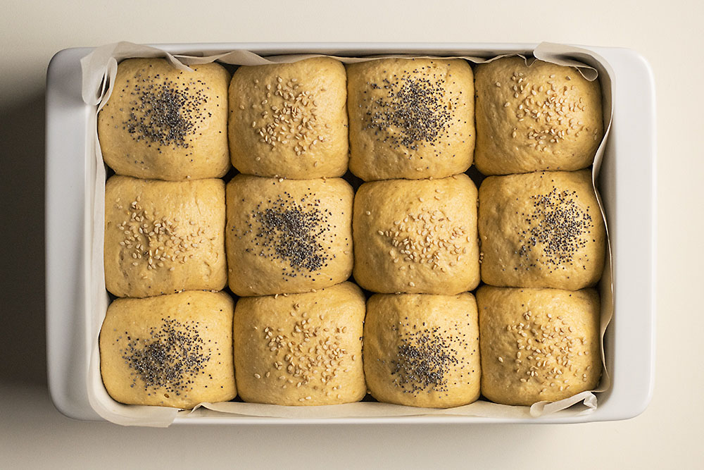 Moist, fluffy olive oil & pumpkin dinner rolls 4