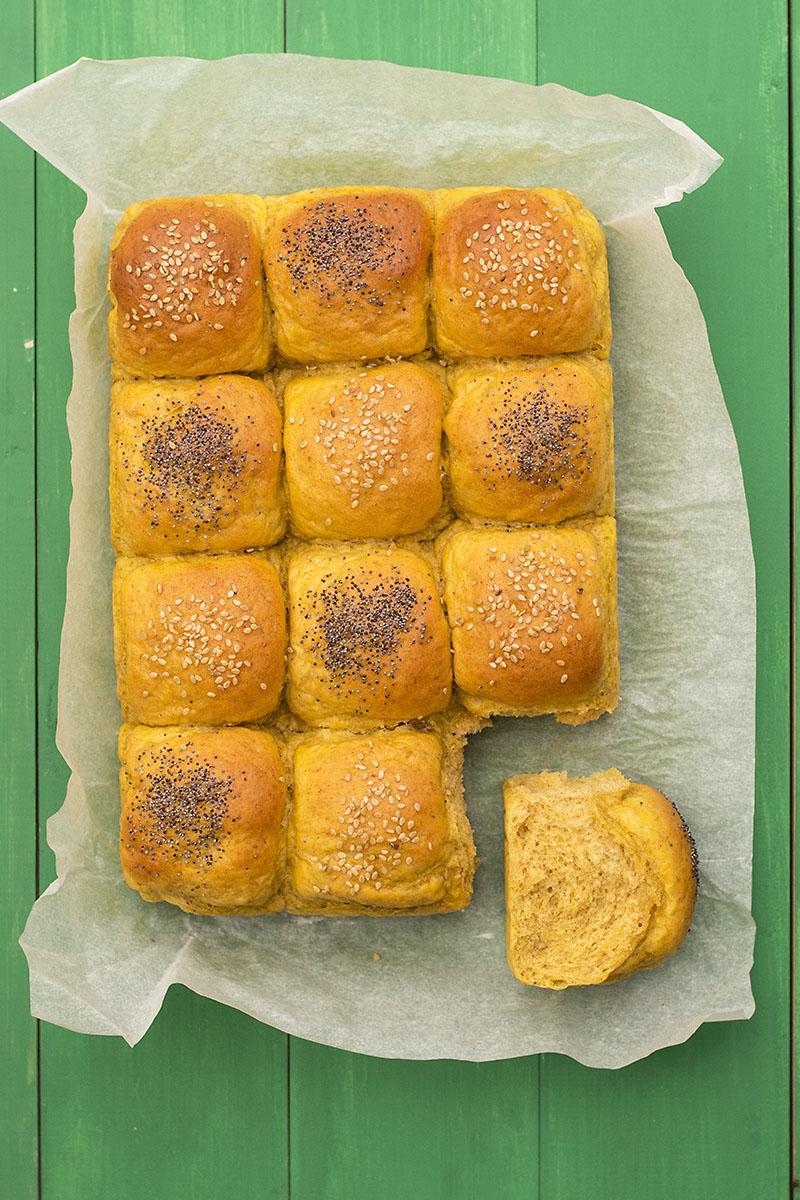 Moist, fluffy olive oil & pumpkin dinner rolls 5