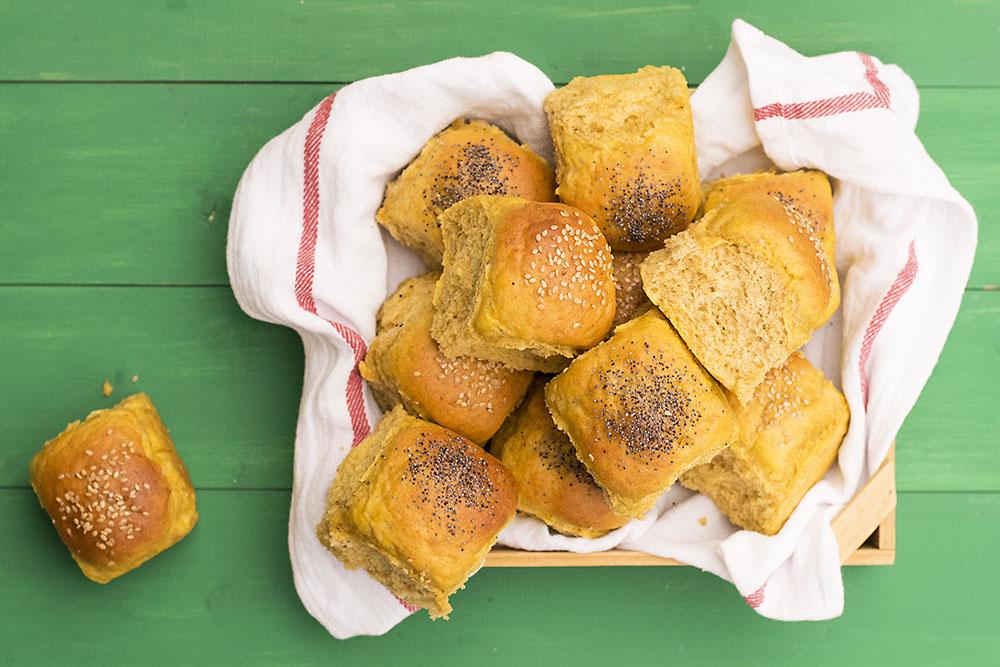 Moist, fluffy olive oil & pumpkin dinner rolls 7