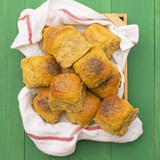 Moist, fluffy olive oil & pumpkin dinner rolls f2
