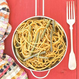 Mediterrasian spaghetti or noodles with Chinese long beans f