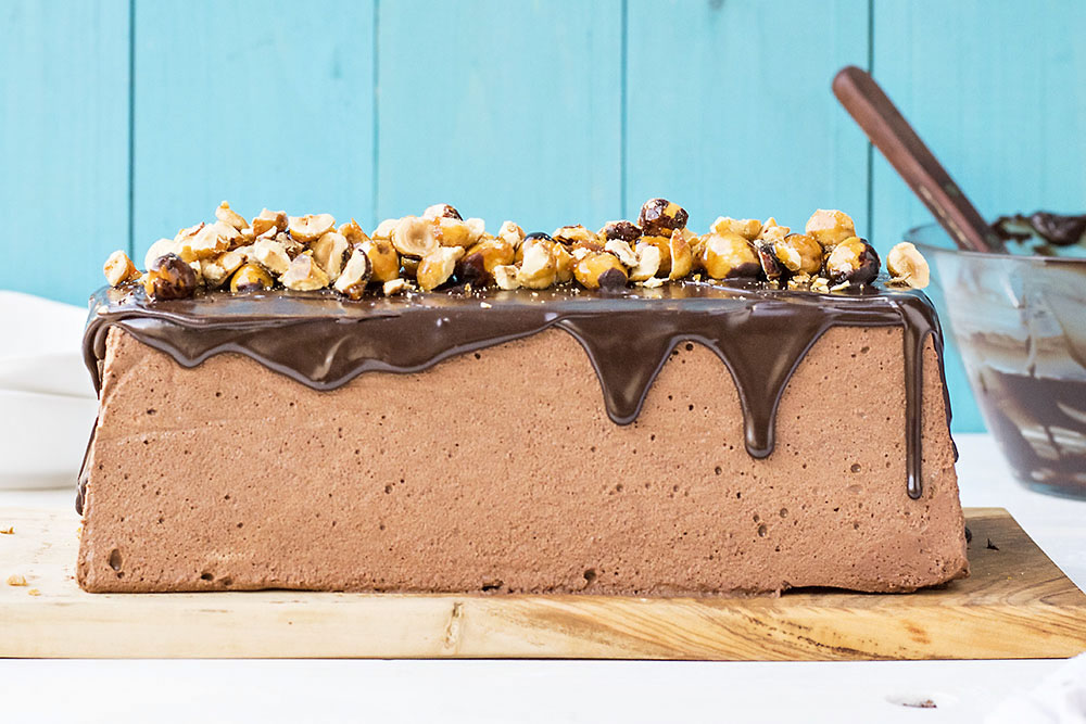 Chocolate & candied hazelnut mousse cake 5