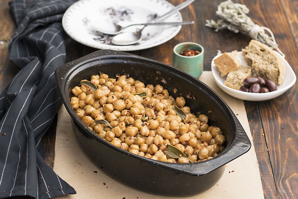 Greek traditional baked chickpeas (Revithada) 5