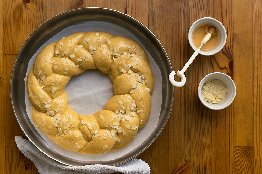 Greek Easter sweet bread with olive oil (Tsoureki) 6