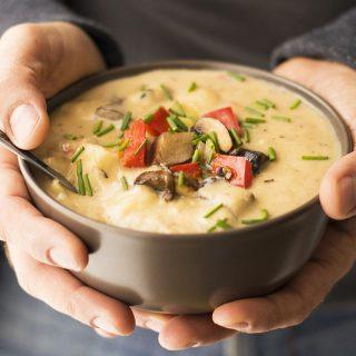 Mediterranean creamy potato and mushroom soup (Vegan) f2
