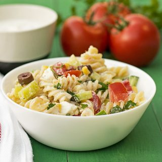 Creamy Greek salad pasta recipe featured