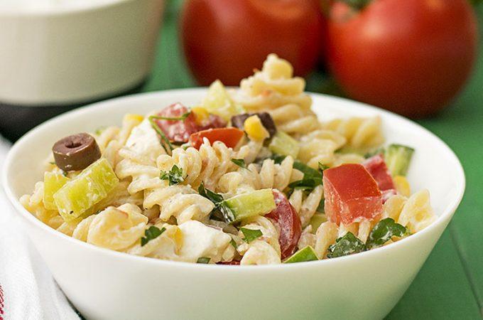 Creamy Greek salad pasta recipe featured