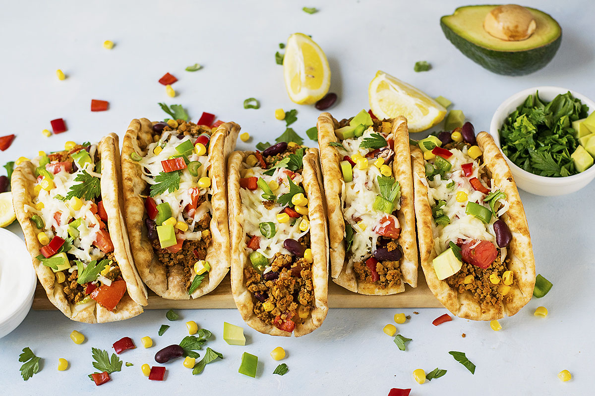 Pitacos – Pita bread tacos with minced beef and beans 6