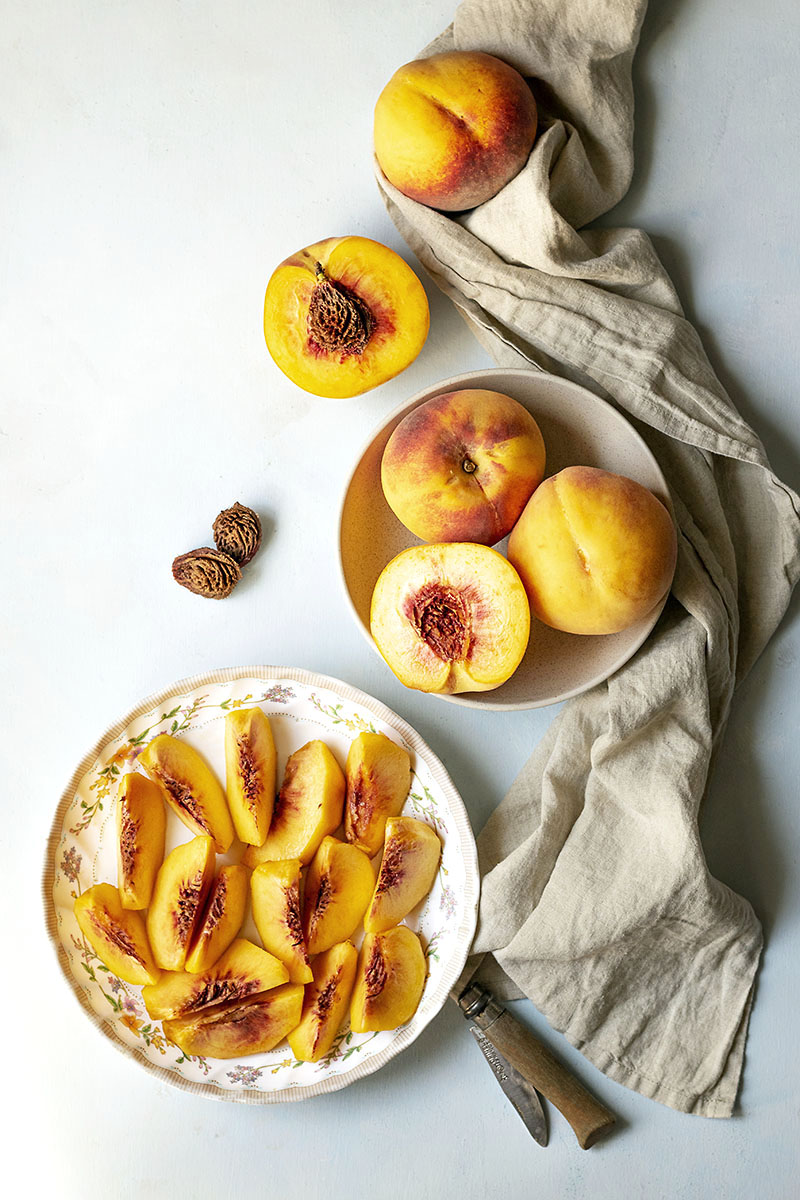 Small batch 3-ingredient easy peach jam
