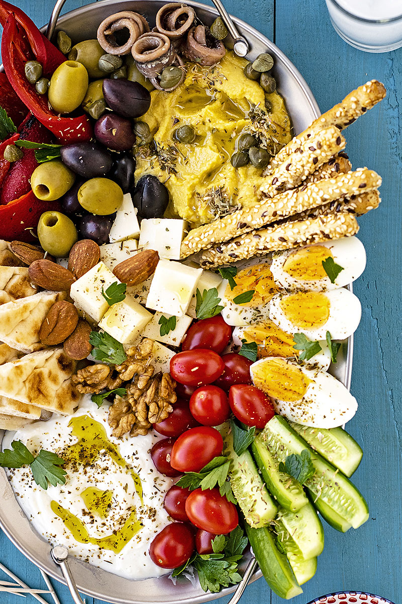 How to make a Greek meze platter 2
