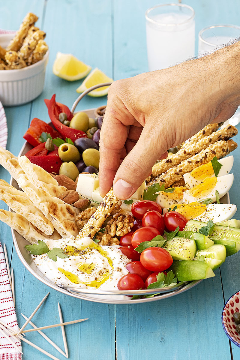 How to make a Greek meze platter 4