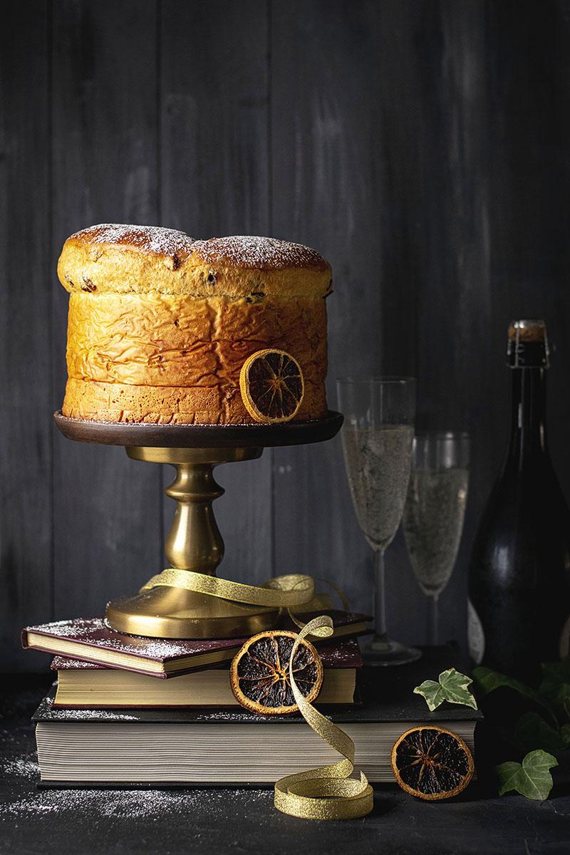 Easy Italian Christmas Bread (Panettone)