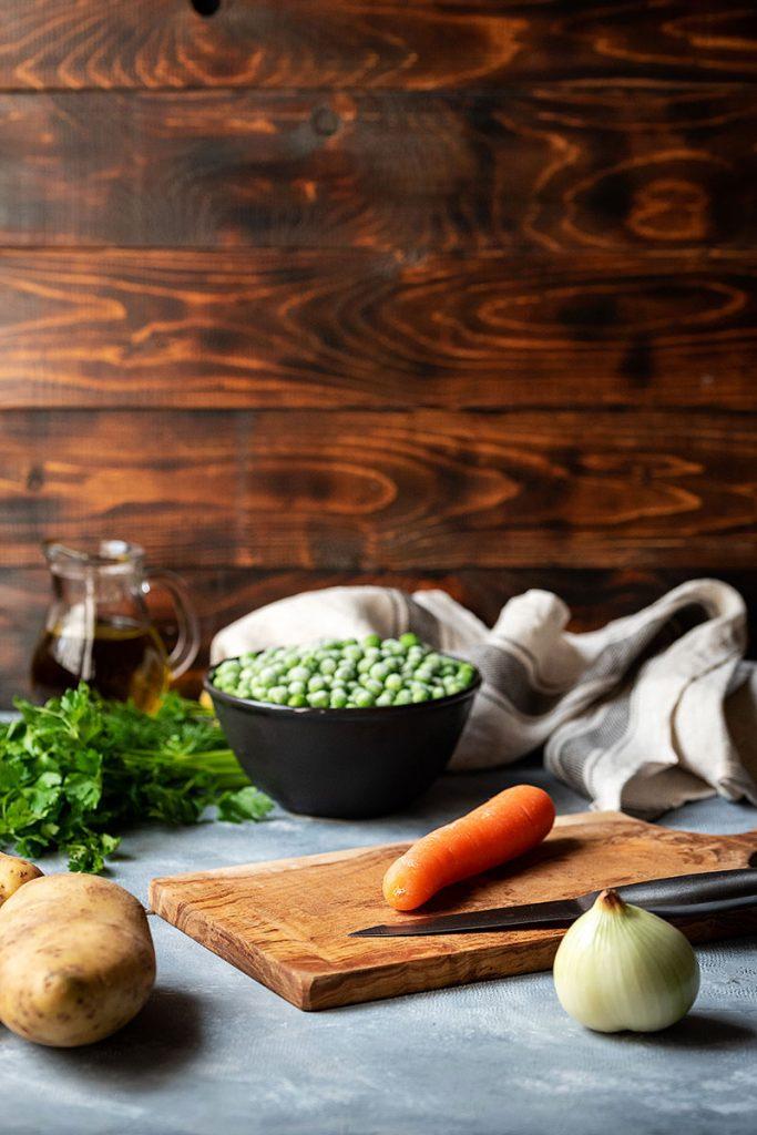 Greek pea and potato stew (Vegan) 4