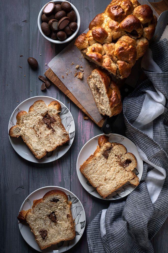 Chocolate stuffed Greek Easter bread (Tsoureki gemisto) 5
