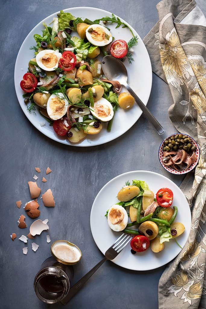 Healthy Mediterranean potato salad with boiled eggs (Nicoise) 4